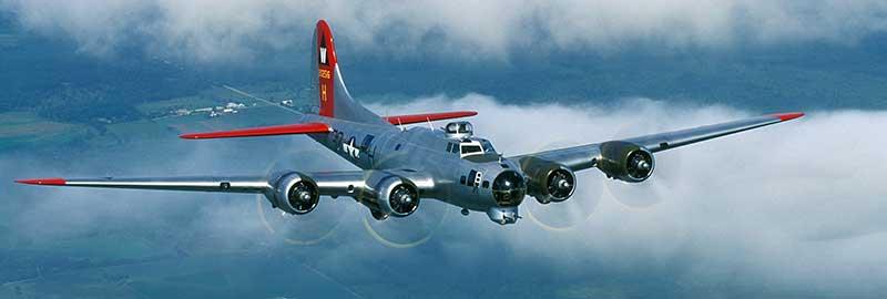 "EAA B-17G ""Aluminum Overcast"""